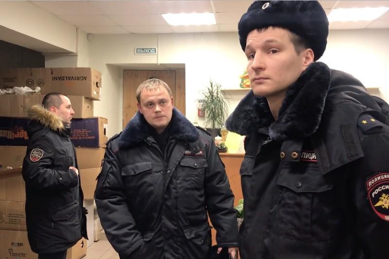 Видео изъятия листовок движения «Поморье не помойка!»