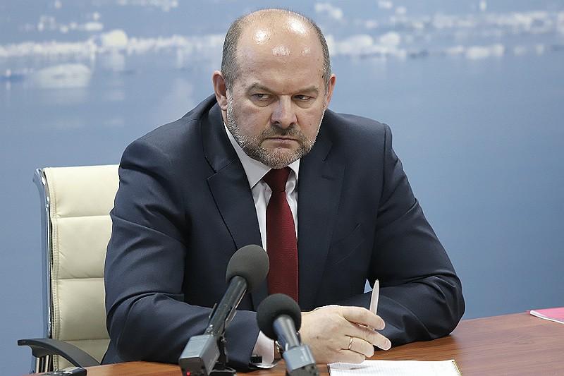 Шестнадцать заместителей губернатора Орлова