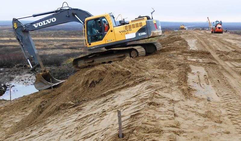 Строительство дороги Нарьян-Мар — Усинск идёт в круглогодичном режиме с опережением