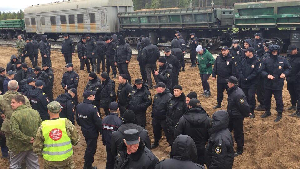 С утра на станции Шиес снова начались задержания экоактивистов