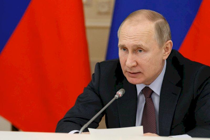 Путин призвал строить полигоны только с учётом мнения местных жителей