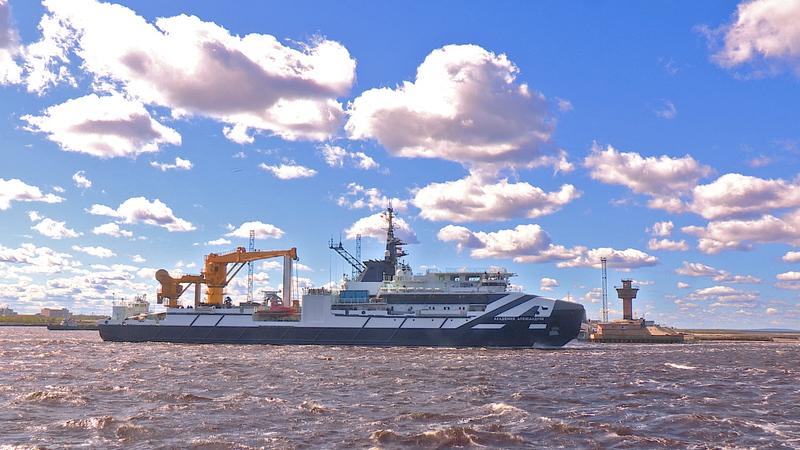 Океанографическое судно «Академик Александров» передадут заказчику