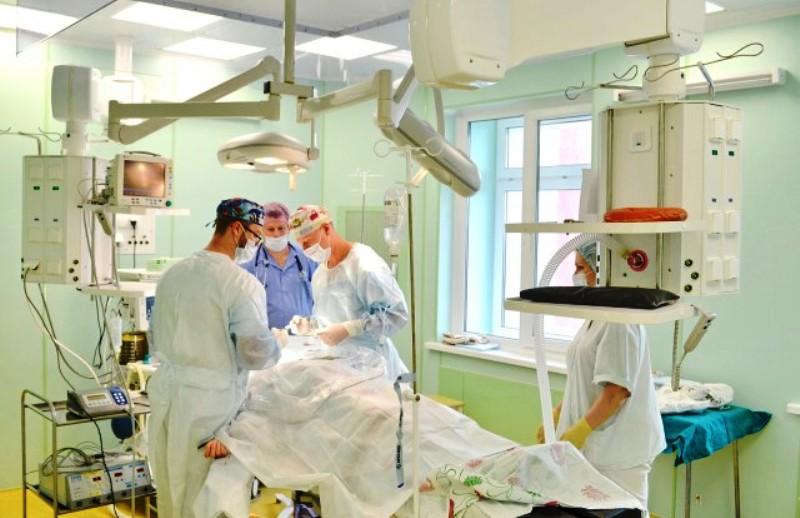 В Москву на обследование улетели 50 архангельских медиков