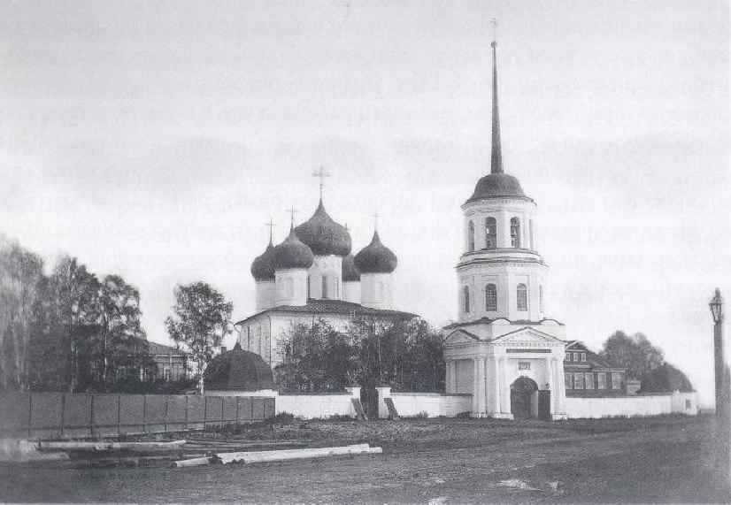 «Аквилон Инвест»: Строительство ЖК «River Park» ведется за пределами территории Михайло-Архангельского монастыря