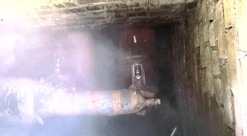 В Архангельске авария горячего водоснабжения на Сульфате. Аварийные службы бездействуют