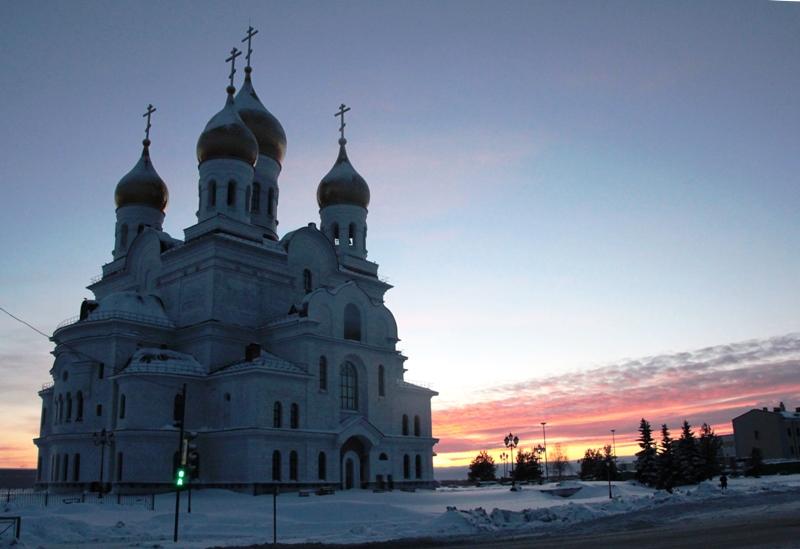 Кафедральный собор в Архангельске обретёт десять новых дверей