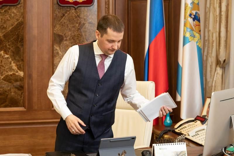 С подачи Цыбульского архангельским медикам выплатят более 100 миллионов рублей