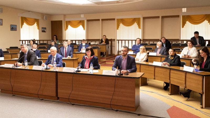 Горячку со слиянием Архангельской области и НАО оправдать нечем