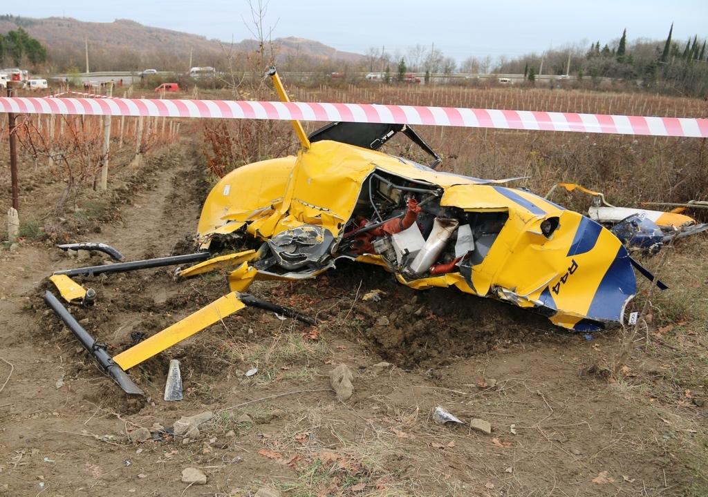 В Архангельской области разбился вертолёт Robinson